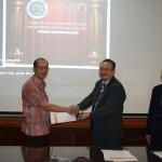 Ketua Departemen PKh UPI Bandung dengan Ketua Jurusan PLB FIP UM
